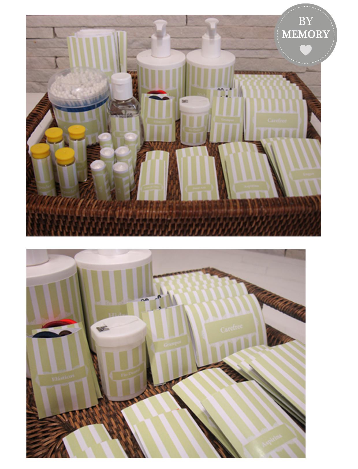 Os kits foram colocados nos banheiros femininos e tinham vários  #AF841C 1240 1624