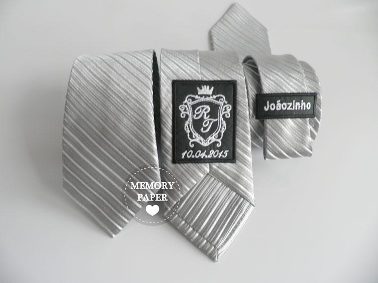 Gravatas personalizadas com monograma